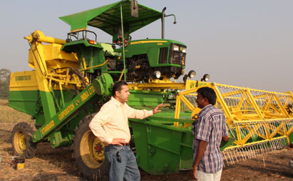 A combine harvester made for India's small farms ...
